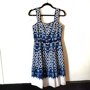 Adrianna Papell blue & white abstract flowy dress
